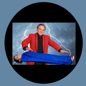 Magic-Dan-Levitation-Trick
